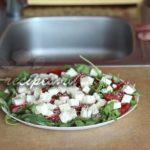 салат с жареным арбузом и сыром фета