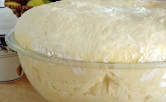Дрожжевое тесто на сырых дрожжах
