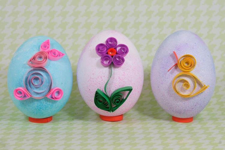 украшение яиц квиллингом