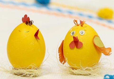 украсить яйца