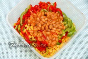 фасоль в салате