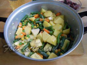 Добавьте остальные овощи