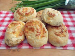 булочки с сыром и чесноком