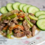 тушеные куриные сердечки с овощами