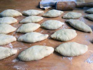 налепленные пирожки